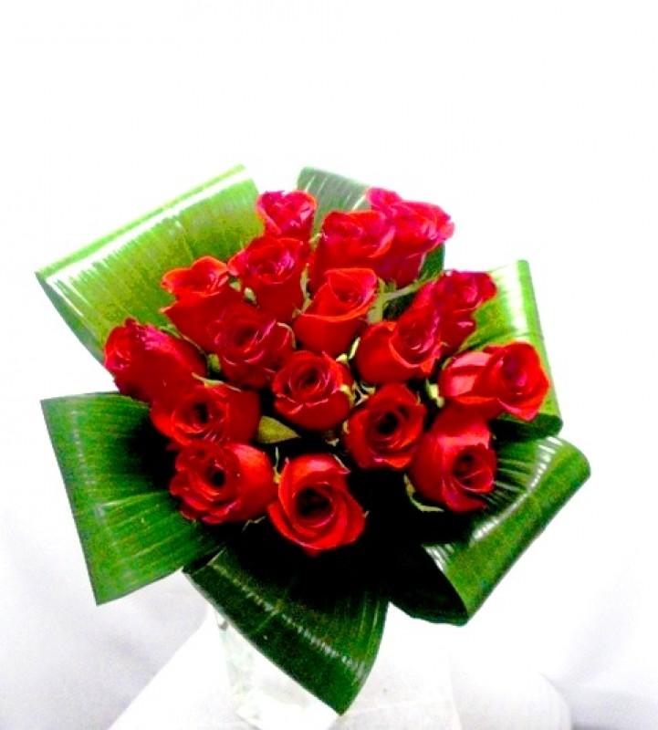 Bouquet de 15 Rosas Rojas.