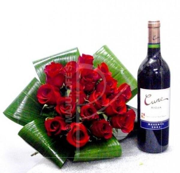 Bouquet de 15 Rosas Rojas y botella de Vino.