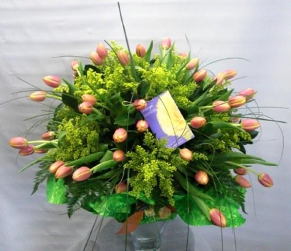 Jarrón de Cristal con 50 Tulipanes