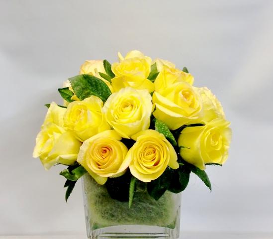 20 Rosas en recipiente de cristal