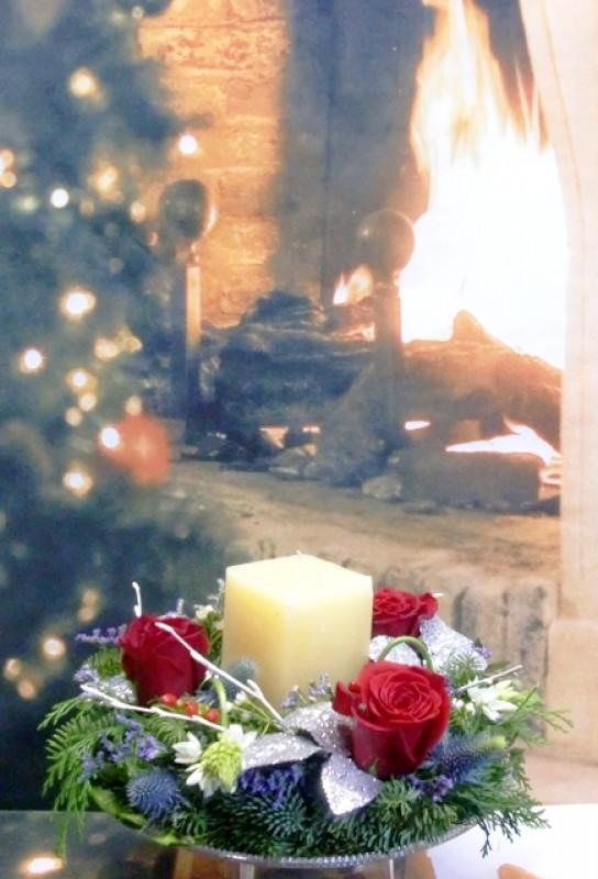 Centro de Navidad con Rosas y velón
