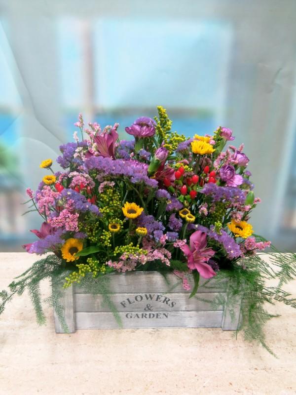 Flores en caja de Madera
