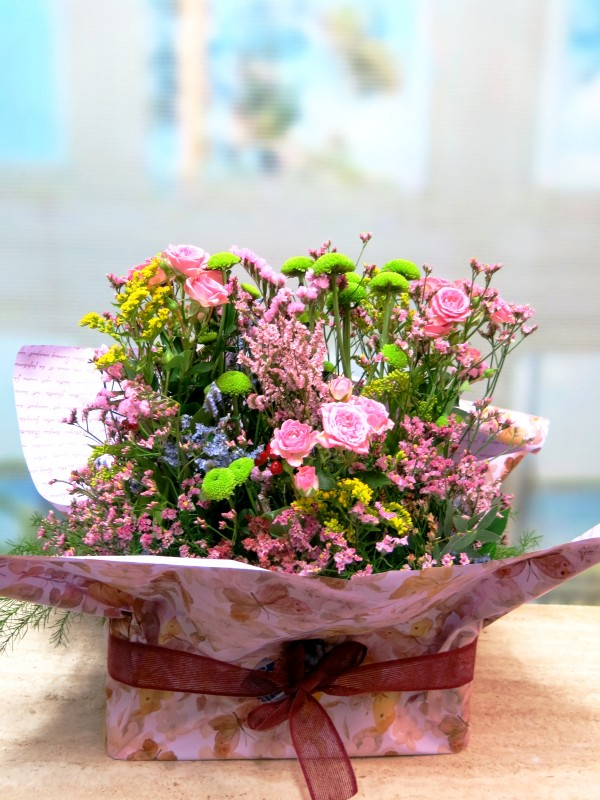 Ramo de flores Santander en caja de madera