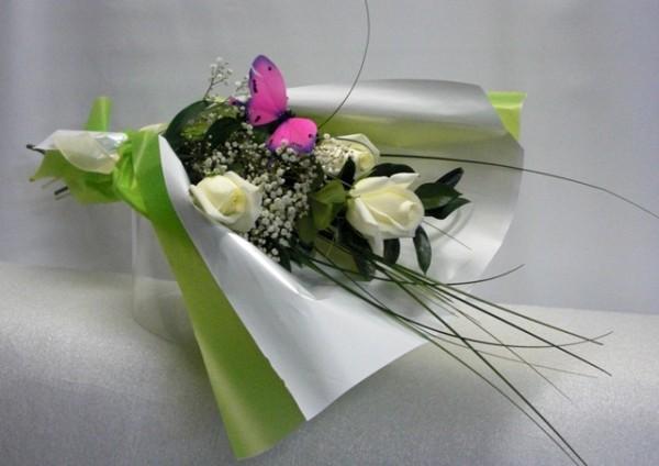 3 Rosas y una Mariposa  Elige tu color