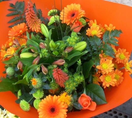 Ramo de flores en tonos Naranja. Bouquet. - Foto 3