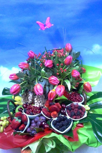 Cesta de Frutas y Tulipanes - Foto 3
