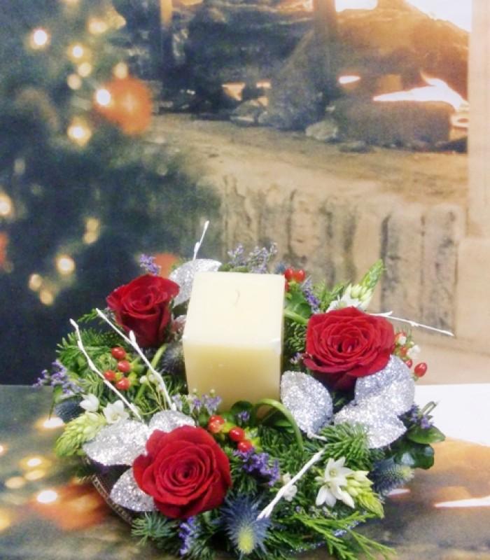 Centro de Navidad con Rosas y velón - Foto 3
