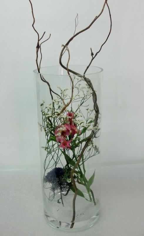 Composición de flor dentro del jarrón - Foto principal