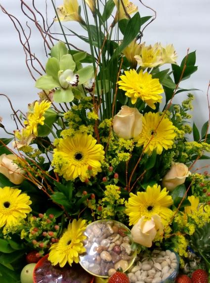Cesta de frutas y Gran Variedad de Flor - Foto 3