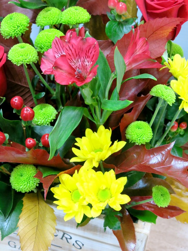 Centro de Flores en caja de madera - Foto 4