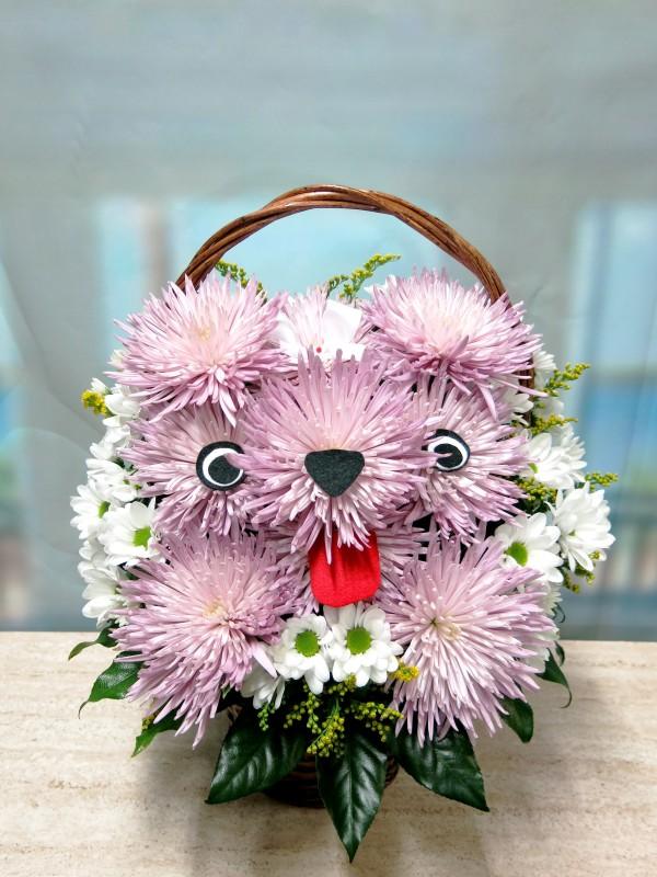 Perrita de Flores naturales en cesta - Foto 2