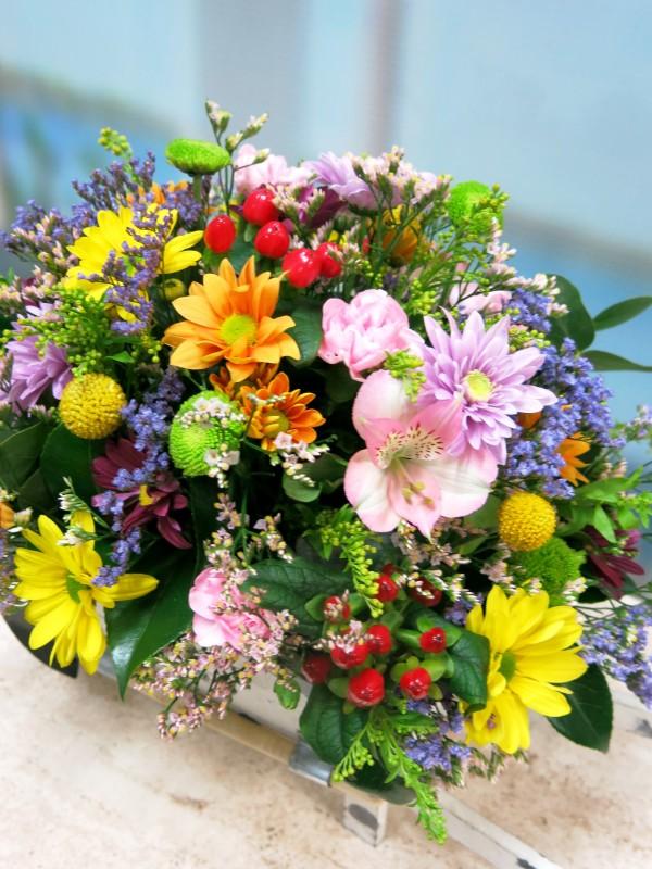 Carretilla con flores naturales - Foto 4