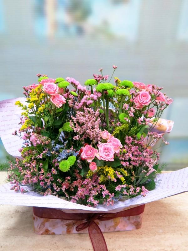 Ramo de flores Santander en caja de madera - Foto 3