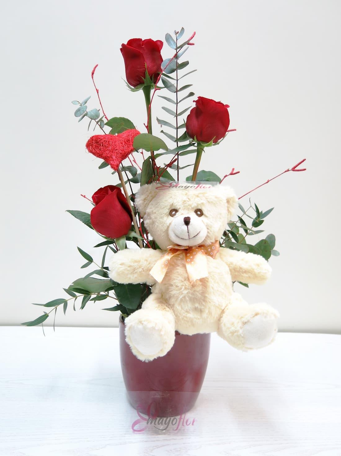 Tres Rosas en jarrón acompañadas de un Peluche - Foto principal