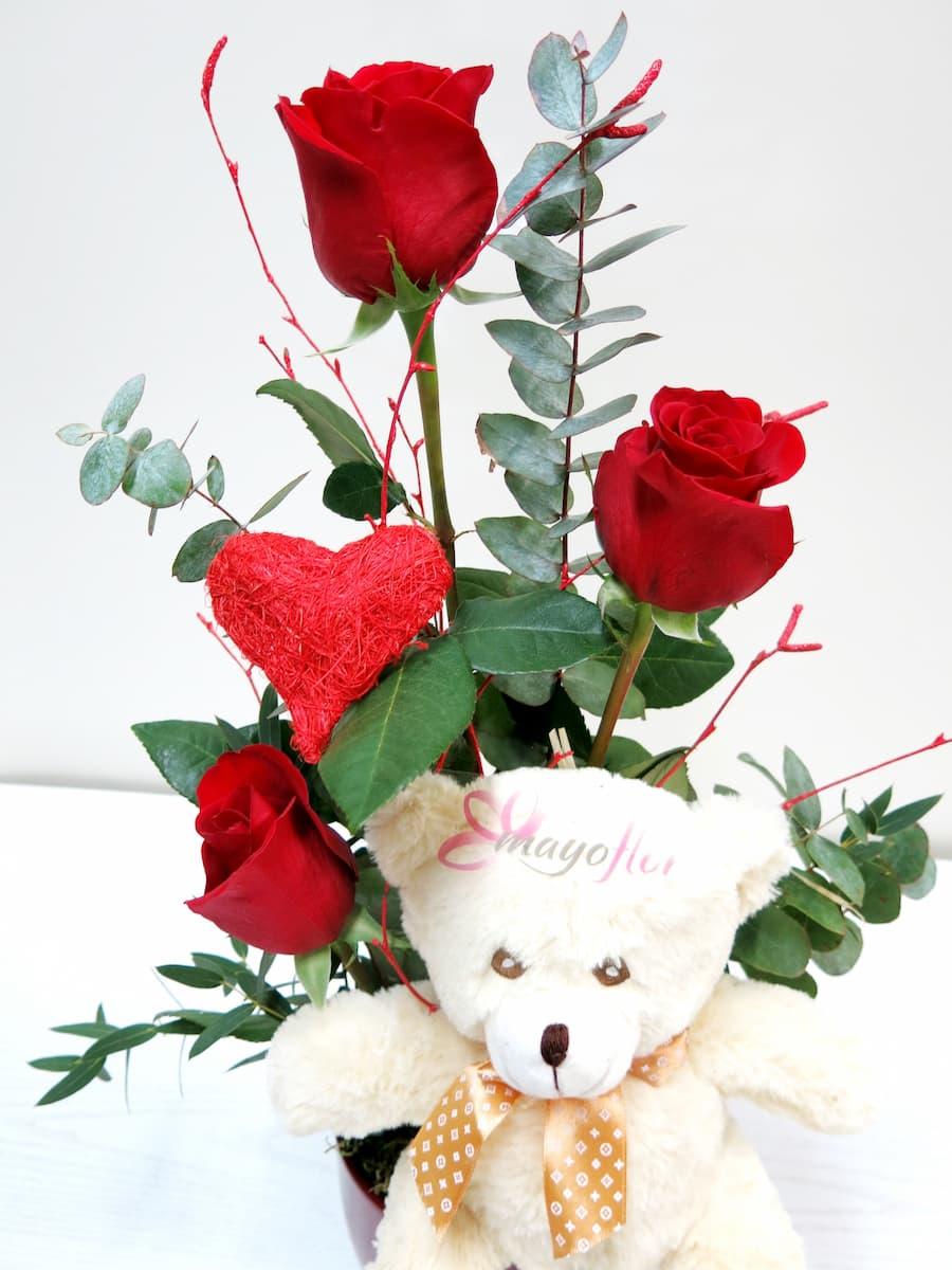 Tres Rosas en jarrón acompañadas de un Peluche - Foto 2