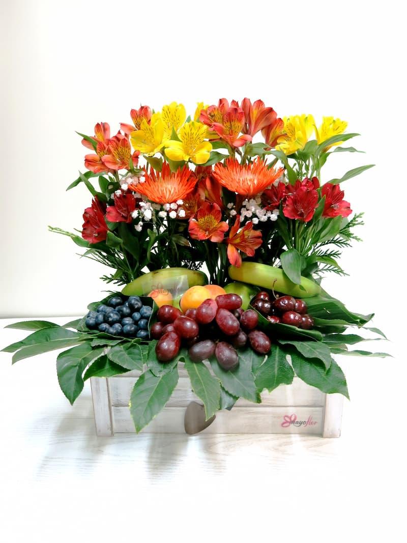 Frutas con Anatasias y Alstromerias - Foto 2