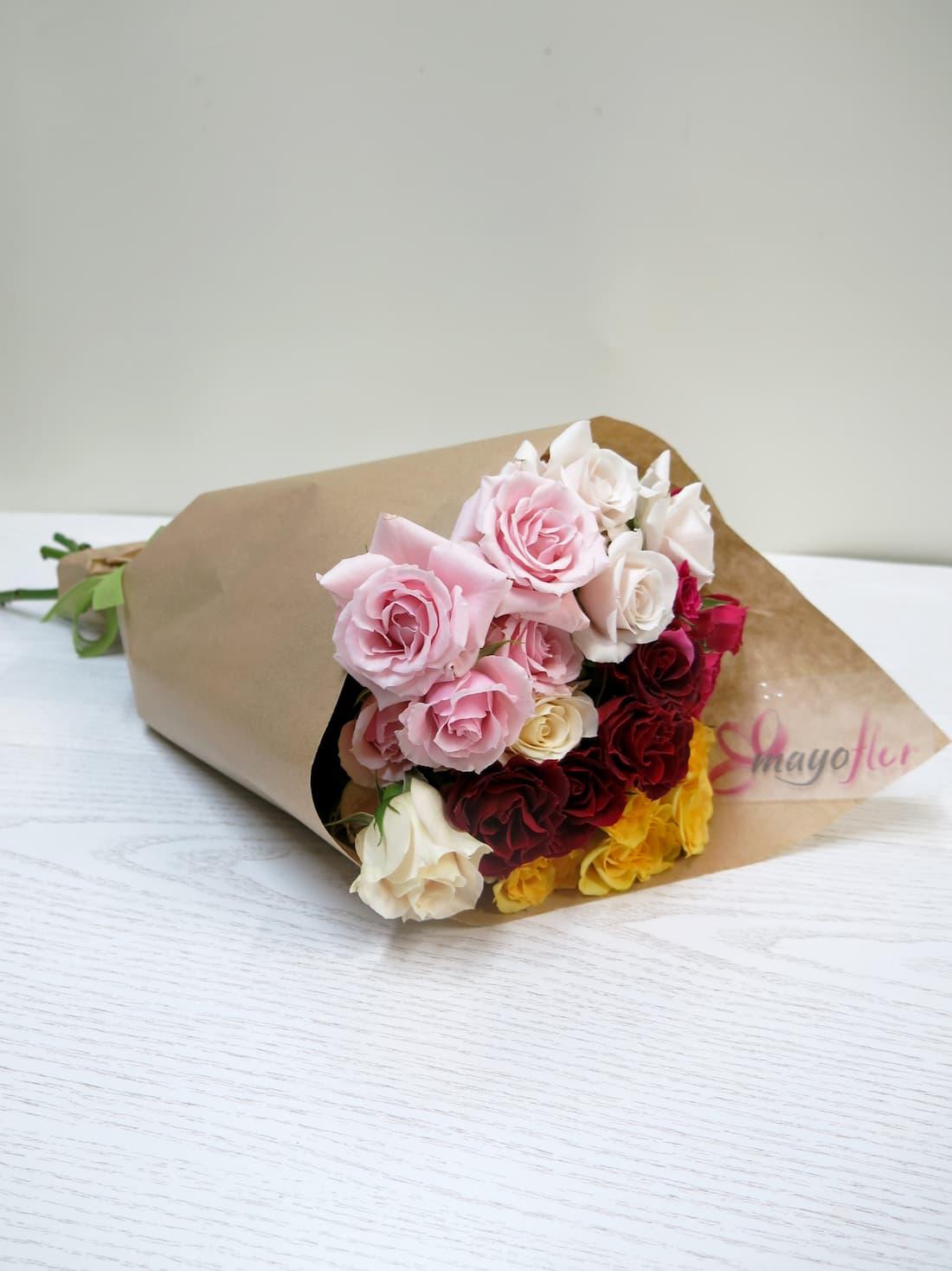 Rosas ramificadas variadas - Foto 2