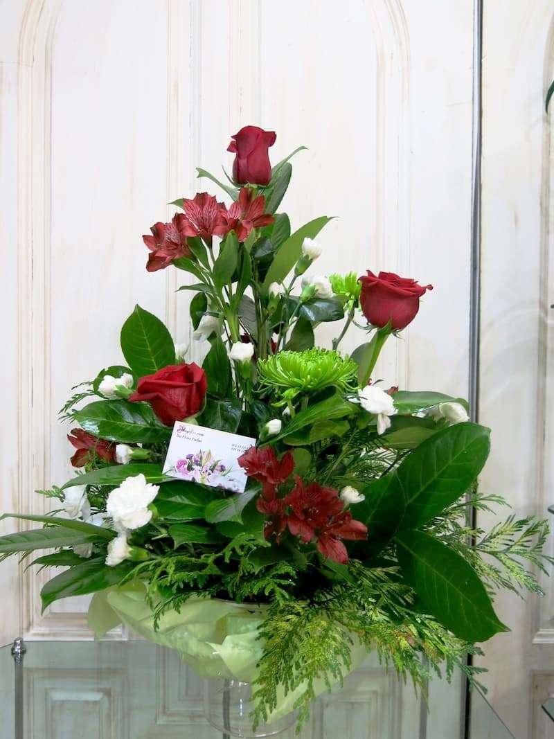 Rosas y Alstroemerias en centro - Foto 2