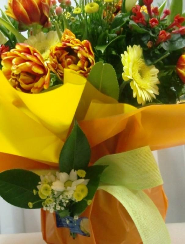Varied Flower Vase. Oranges and Yellows - Foto 4