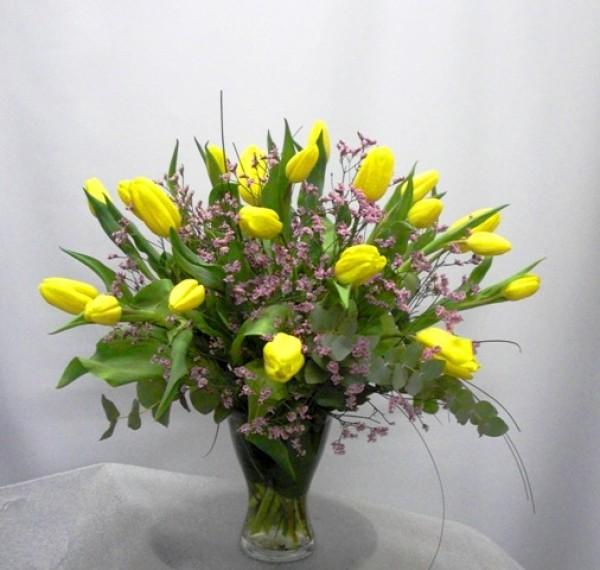 Jarrón de cristal con 20 Tulipanes - Foto principal