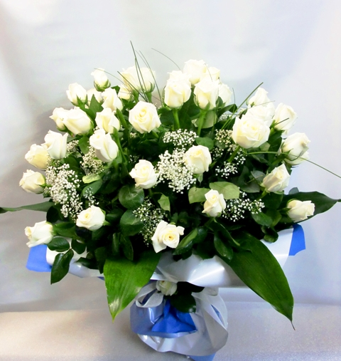 50 Rosas para los que cumplen 50 años de color blancas