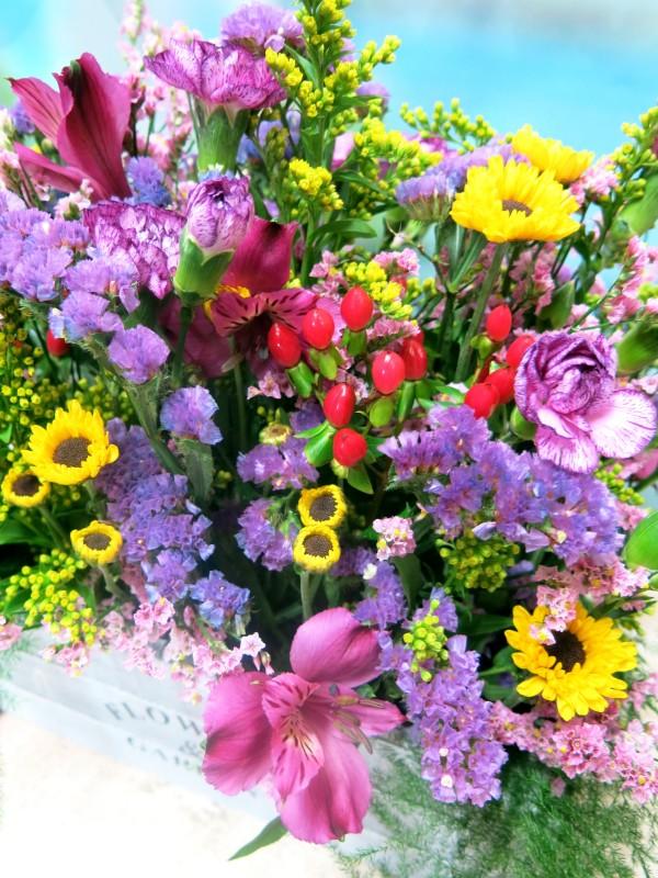 Flowers in wooden box - Foto 4