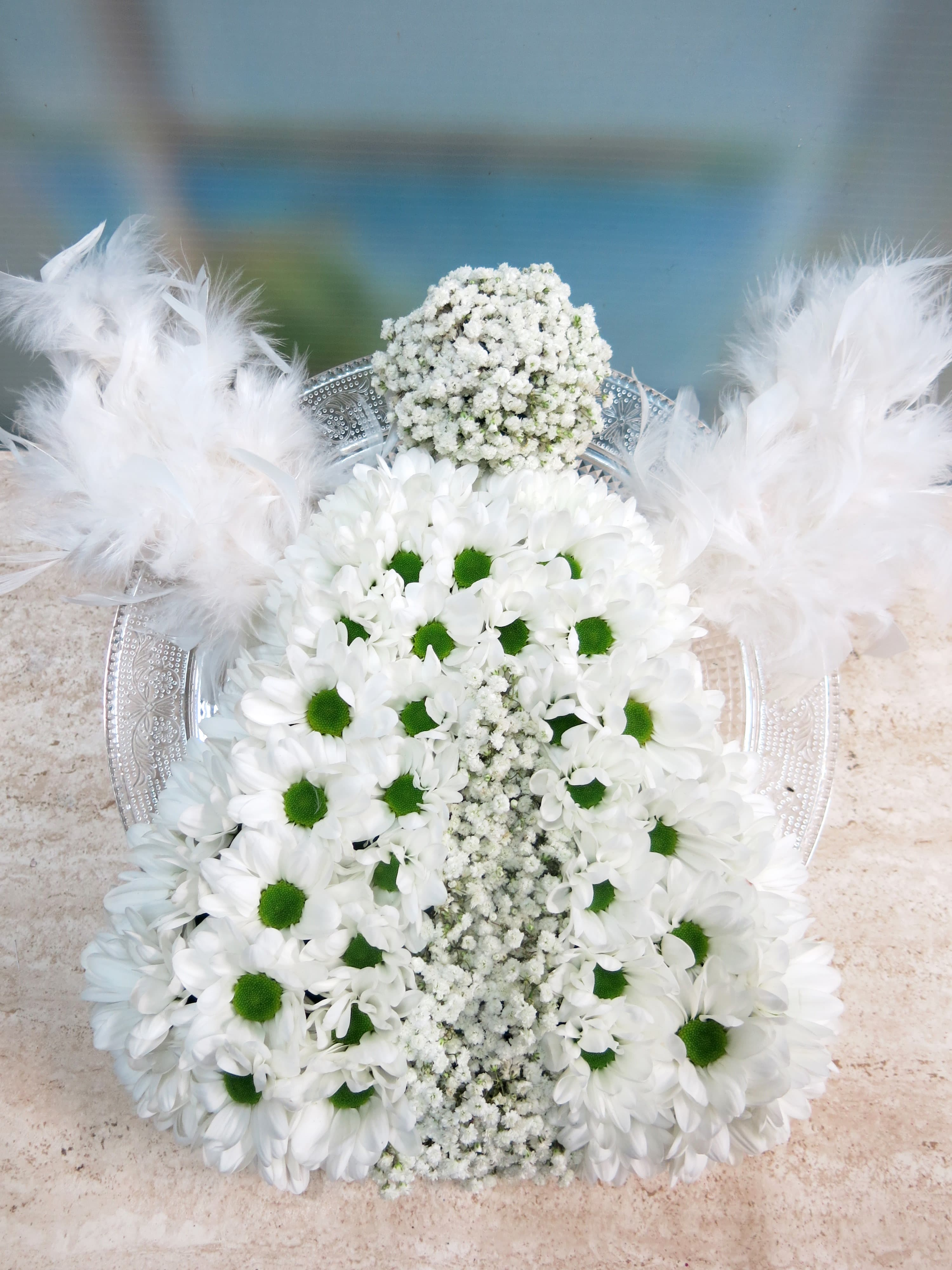Angel hecho con margaritas naturales - Foto principal