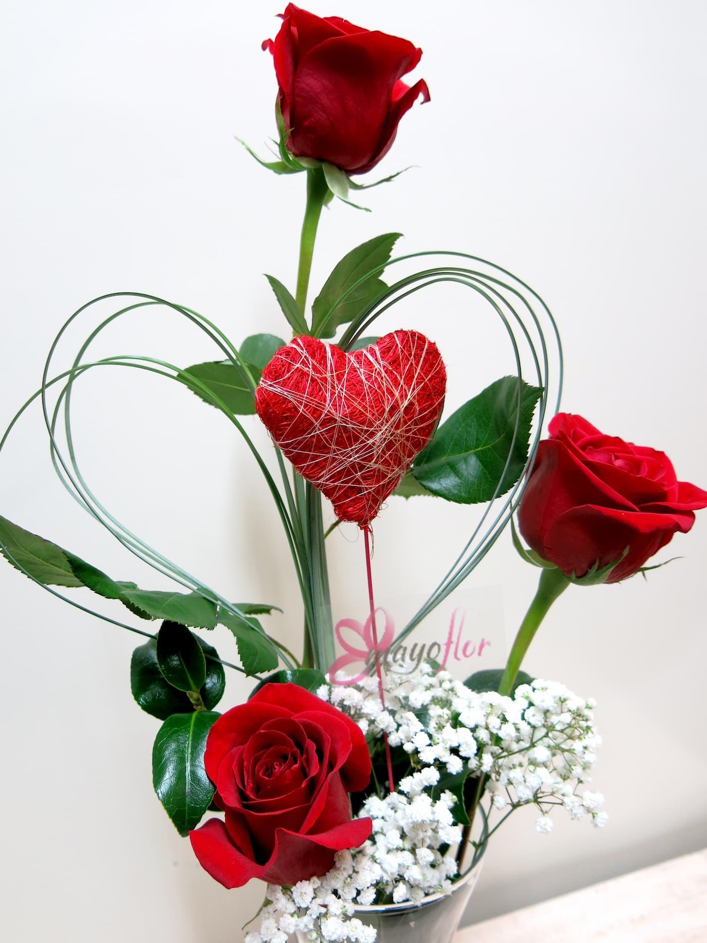 Tres Rosas y tu Corazón - Foto 4