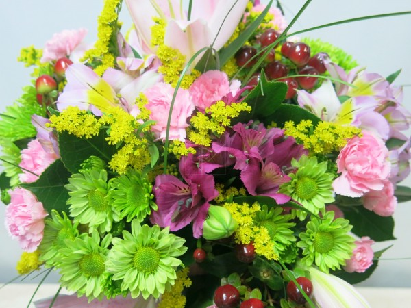 Varied flower bouquet. Pink and green tones - Foto 2