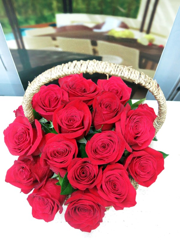 Basket of Roses Valentine - Foto 3