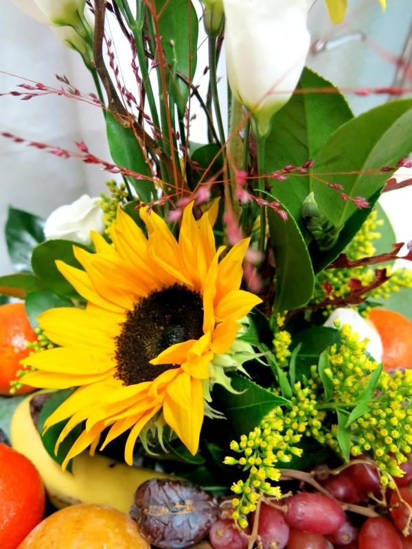 Centro de frutas y flores - Foto 3