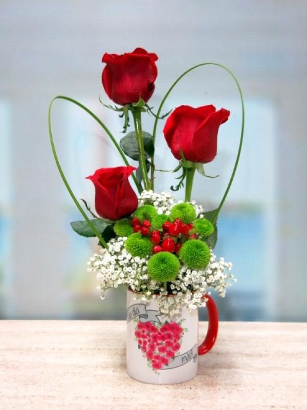 Jarra con 3 rosas - Foto principal