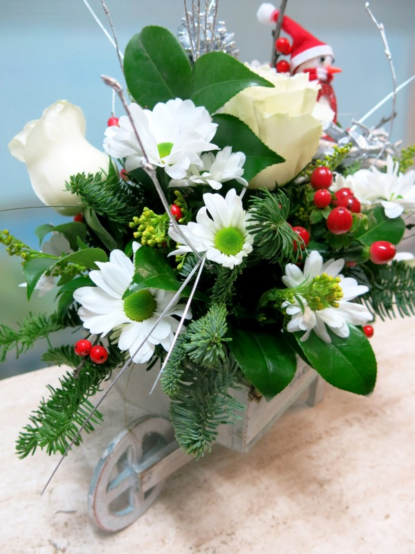 Carretilla de flores para Navidad - Foto 3