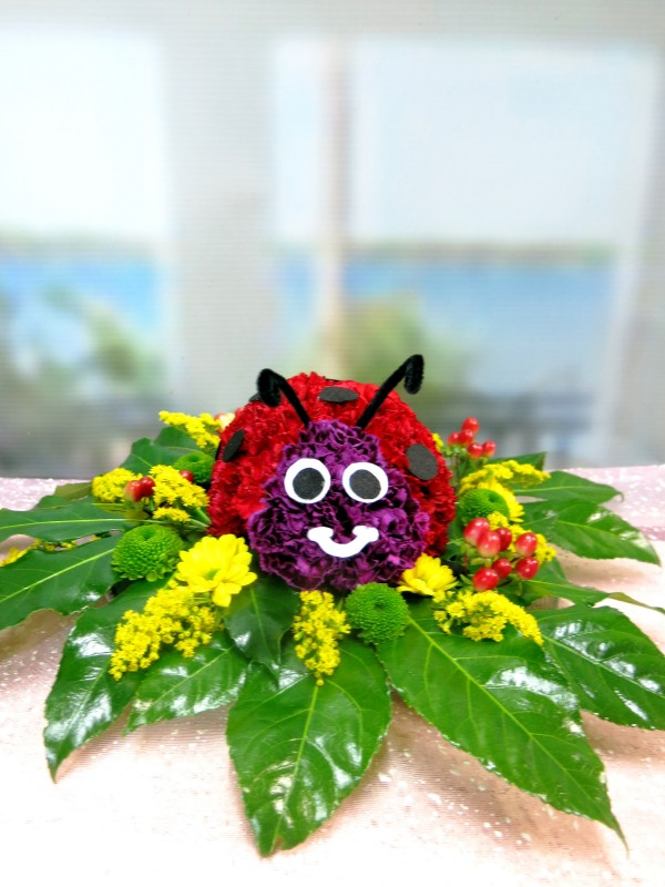 Ladybug made with Carnations - Foto 2