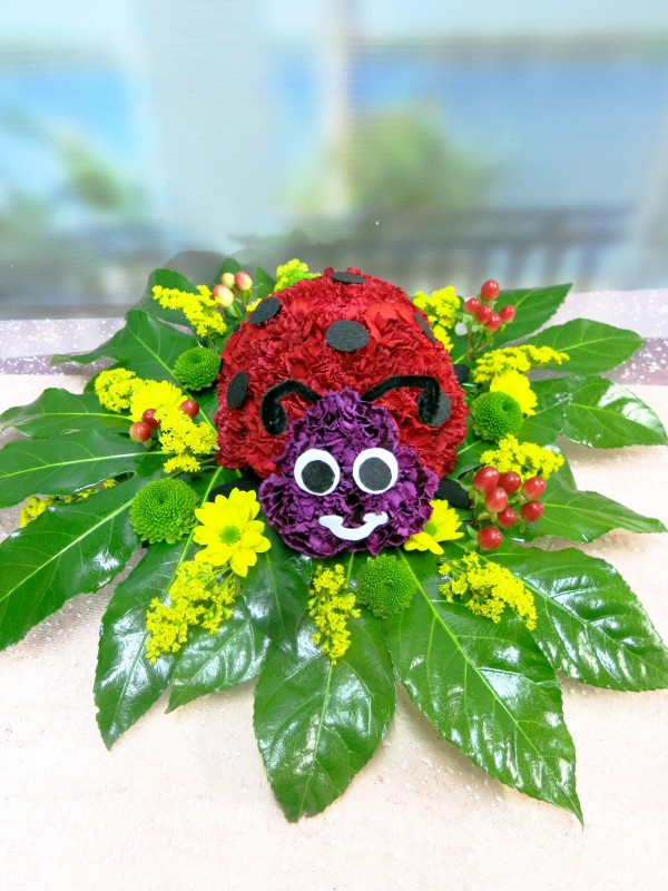 Ladybug made with Carnations - Foto 3
