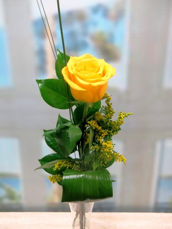 1 Yellow Rose - Foto principal