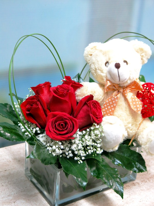 Roses and Teddy for Valentines in vase - Foto 2
