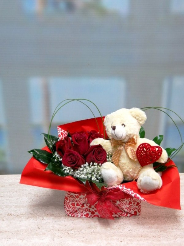 Roses and Teddy for Valentines in vase - Foto 4